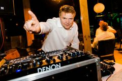 DJ-Commander.244